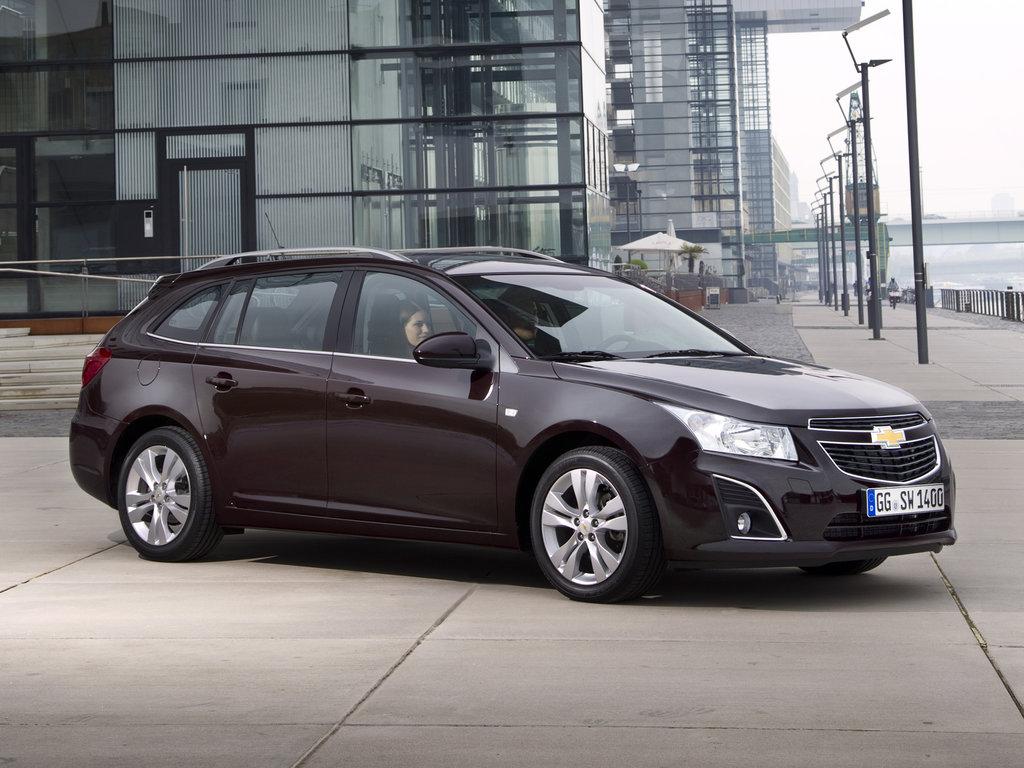 Chevrolet Cruze рестайлинг 2012, 2013, 2014, 2015, универсал, 1 поколение,  J308 технические характеристики и комплектации
